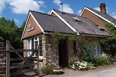 Creenagh's Cottage - Holiday Cottage - 7 miles NW of Dulverton