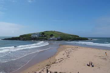Bigbury on Sea has a wonderful beach and is only a short drive away.