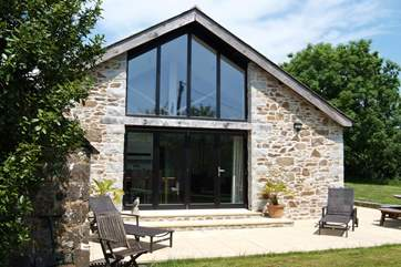 Orchard Barn is a stunning detached barn conversion.