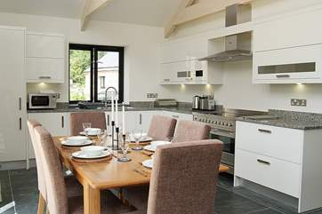 The well-equipped kitchen-area has granite worktops and all mod-cons!