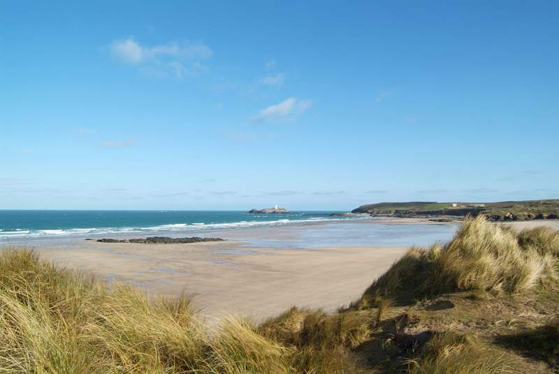 The spectacular beach at Godrevy, at the eastern end of St Ives Bay, is also within half an hour's drive - you will be spoilt for choice of where to go each day!