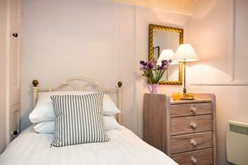 The single bedroom is very welcoming