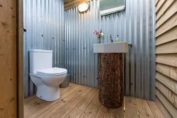 The lovely en suite cloakroom.