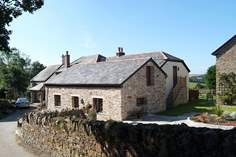Meadows - Holiday Cottage - 4.3 miles NE of Looe