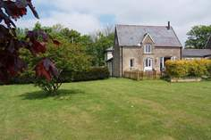The Coach House - Holiday Cottage - 6.5 miles E of Wells