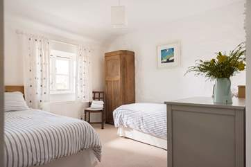 Bedroom 3 is furnished with twin beds and is ideal for children (please note this bedroom is excluded for bookings at the lower rent band).