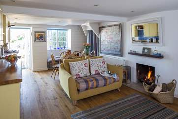 This is the cosiest of cottages, whatever time of year you come to stay here.
