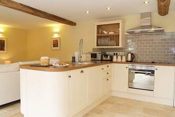 A great kitchen perfect for preparing culinary treats.