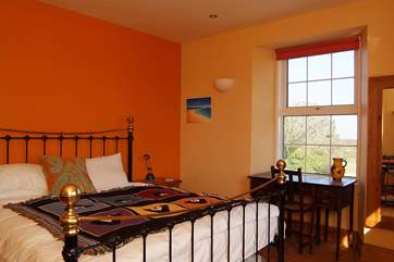 The largest double bedroom (Bedroom 2) has a television and a luxurious 6' bed.