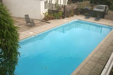 The outdoor swimming pool (variable depth) is available for you during your stay (children must always be accompanied) although the owners will use it when guests are not on site.