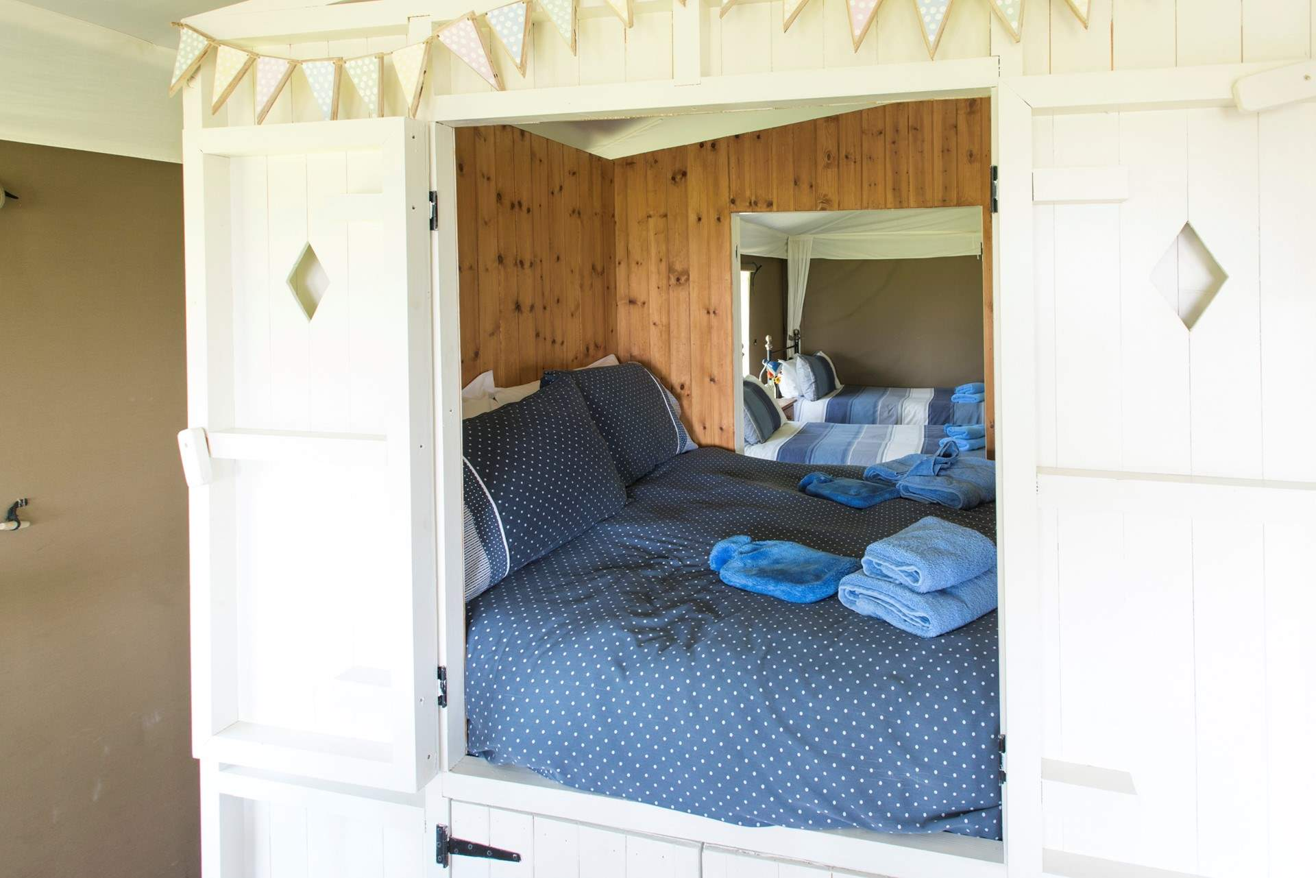 the lovely double cabin bed