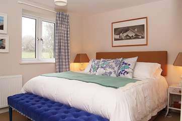 Bedroom 7 has a 6' double bed.