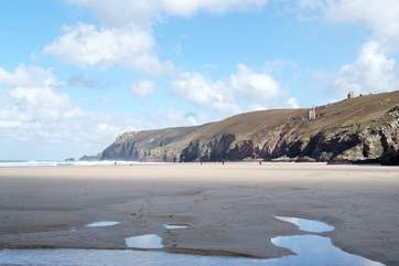 Chapel Porth at low tide, one of the best surfing beaches on the north coast and only five miles from Trevellance.