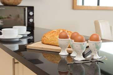 Start the day with a lazy breakfast...