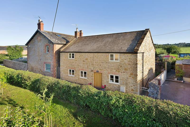 Scrumpy Cottage is a beautiful period village property. It has a lovely private courtyard garden and has a friendly village pub and shop at the Perry's Cider Mills just a short stroll away.