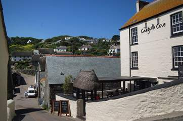 The local pub is a few minutes walk away from Little Sandcastle, it gets busy in high season so you may want to book in advance!