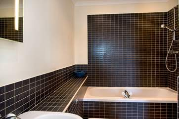 The en suite bathroom for the double bedroom.