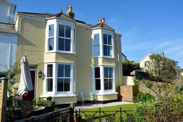 Fairview is a lovely Victorian villa with large windows and high ceilings - filled with light.