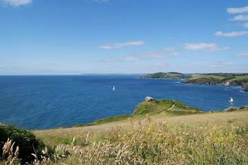 This is the amazing panoramic view to the West along the coast from the top of the hill next to the car park above Polruan.