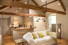 The Old Cart House - Holiday Cottage - 6.2 miles NW of Kingsand