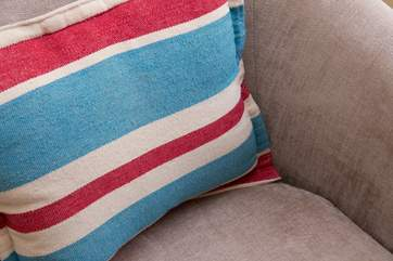 Patriotic colours on the cushions.