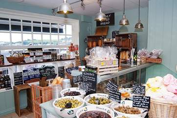 John's Deli has a shop in both Appledore and Instow. The Appledore shop also has a lovely cafe. New this year - picnic hampers to order for your day on the beach.