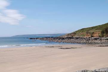 Just a five minute drive away is the unspoilt village of Perranuthnoe, boasting an excellent pub as well as a fabulous sandy beach at low tide.