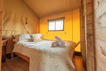 The delightful double bedroom.
