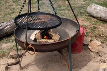 What will you cook up? The fire-pit is such a lovely feature of the glamping experience.