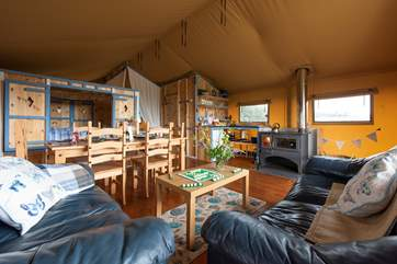 Spacious and comfortable, Honeysuckle has everything you will need for your glamping holiday.