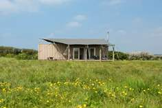 Rusty the Tin Tent - Holiday Cottage - 1.4 miles N of Mullion