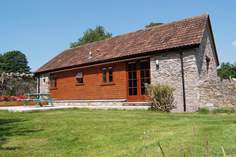 The Barn - Holiday Cottage - 9.7 miles NW of Wells