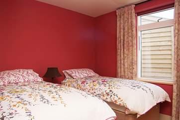 Bedroom 2 with 'zip and link' beds.