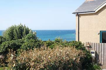 Your holiday cottage by the sea.