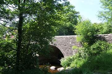 The stone bridge at Dartmeet.