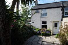 Byghan Ros Penty - Holiday Cottage - 1.8 miles SE of Portreath