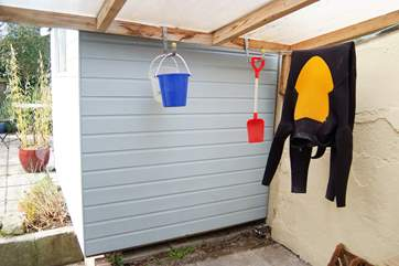 The ideal space to hang up your wetsuits and leave the buckets and spades.