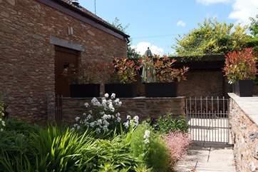 There is a very pretty enclosed courtyard at the back of the cottage.