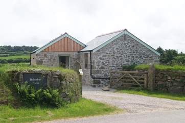 This peaceful location feels very rural however you are only a short drive away from local amenities, beaches and the variety of attractions that Cornwall has to offer.