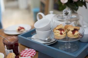 Enjoy a cream tea on arrival.