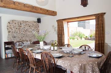 There is a fabulous dining table to seat you all whether for family meals or special occasions.