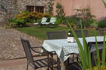 This is a perfect base for an extended family holiday or for a group of friends.