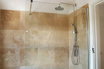 The walk-in double shower with large shower rose.