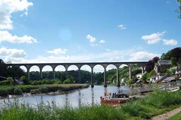 The impressive railway viaduct at Calstock spanning the River Tamar.