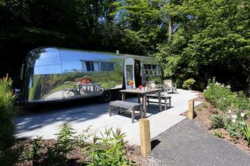 Airstream 1234 is over 60 years old but still looks amazing now!