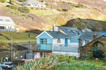 Praxis is right in the heart of Trebarwith Strand.