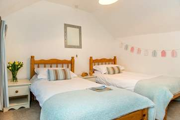 The pretty twin bedded room