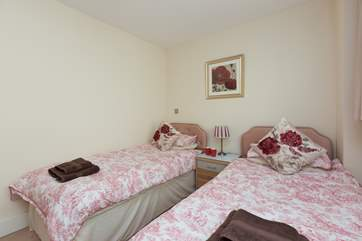 The twin bedroom has 3ft single beds, good for adults as well as for children.