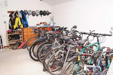 The Owners provide a shared secure bike shed with an extra shared freezer and space for storing fishing tackle, wetsuits or golf bags.