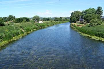 The River Parrett Trail runs right through Langport, just a mile or so from Fig Tree Barn. You can walk along the riverside for miles.